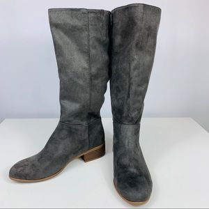 Universal Threads Gray Slouchy 8.5 Boots